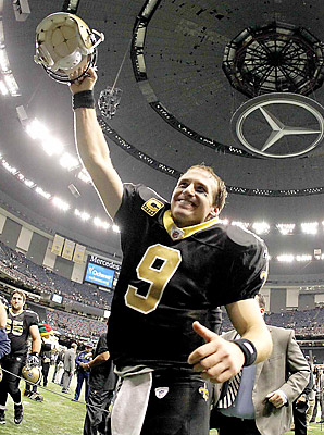 Drew Brees (REUTERS photo by Sean Gardner)